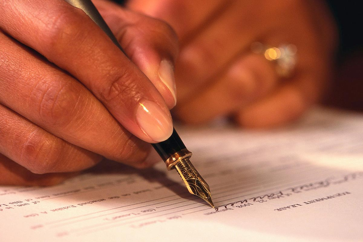 Signing+a+Purchase+Agreement